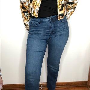 Gloria Vanderbilt women's slimming effect jeans